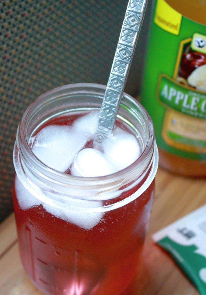 Apple Cider Vinegar Green Tea Refresher