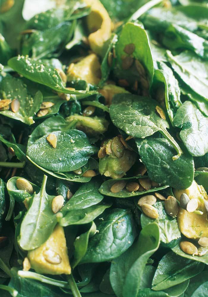Nigella's Spinach, Avocado and Pumpkin Seed Salad