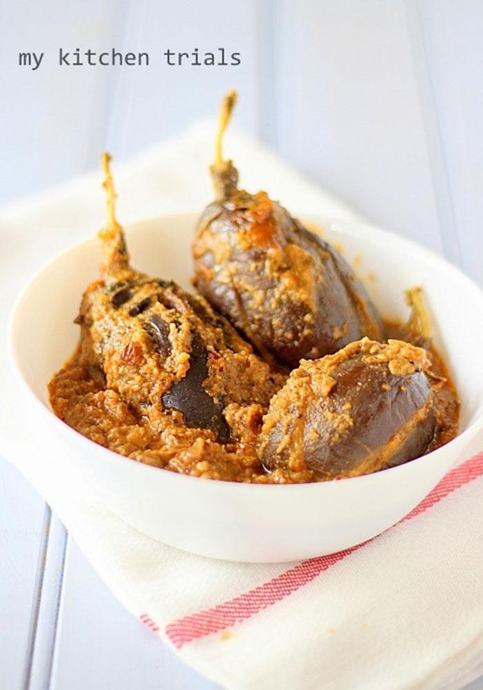 Gutti Vankaya KuraStuffed Egg Plant Curry