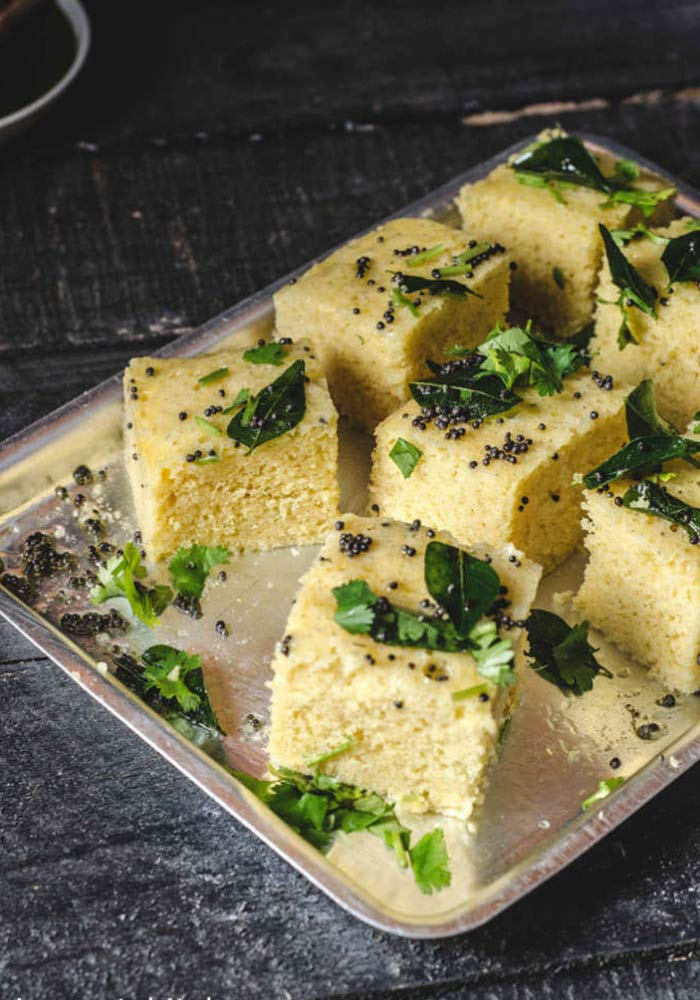 Khaman Dhokla with Green Chutney