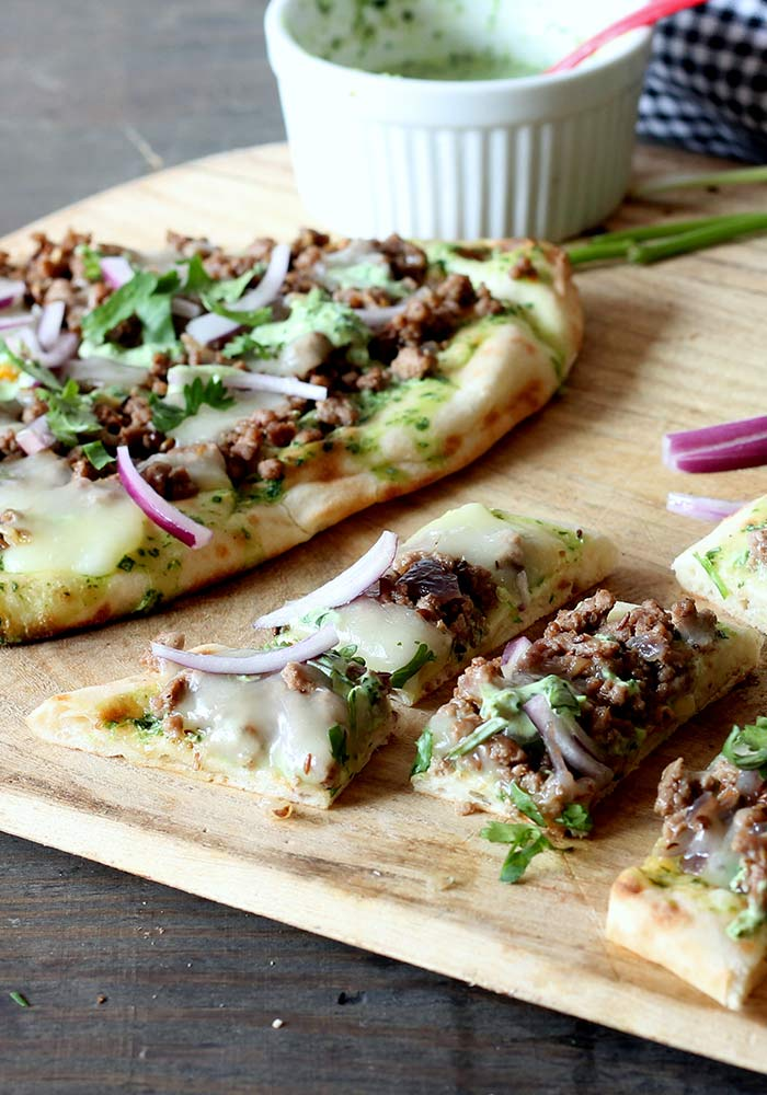 Lamb Pizza with Cilantro Yogurt Sauce