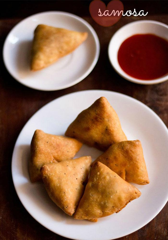 Punjabi SamosaAloo Peas Samosa