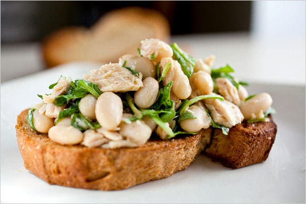 Tuna & White Bean Crostino Recipe